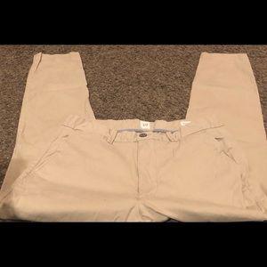 Gap Khakis 32X30 Slim